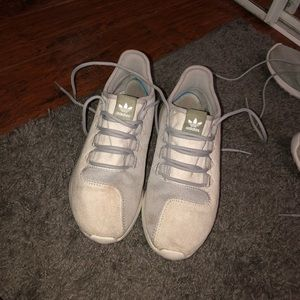 women's adidas tubulars - used
